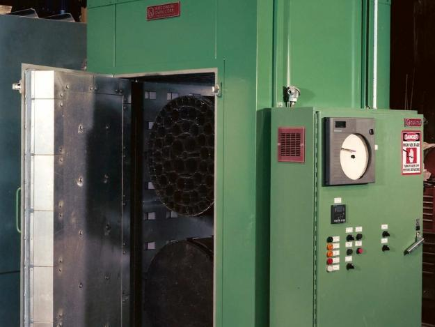 Rotating batch oven