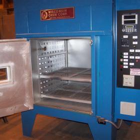Electrical bench oven